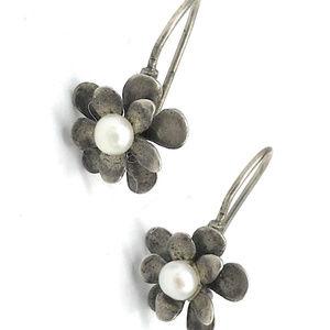 W1768 Silpada LOVE BLOOM Pearl Flower Earrings